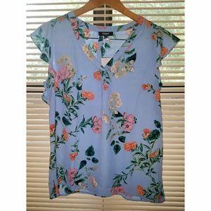 PREMISE Studio lady's blue floral top